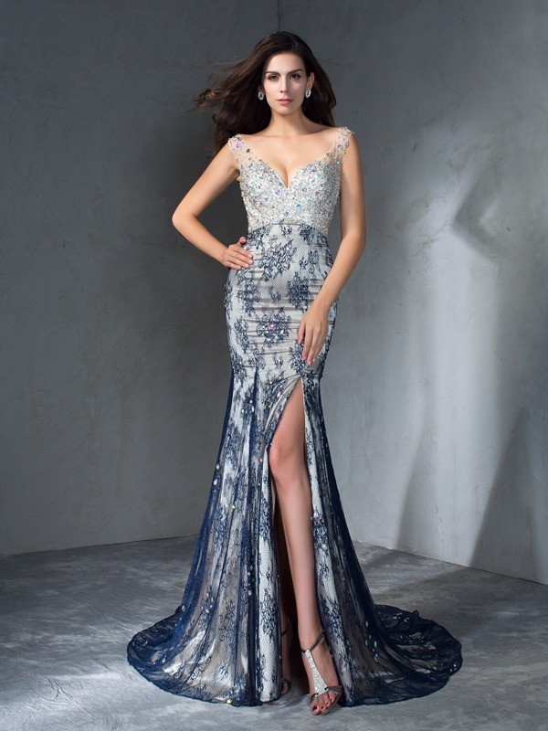 Trumpet/Mermaid V-neck Beading Long Lace Dress