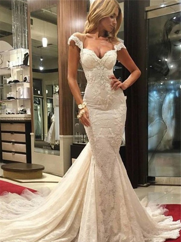 Trumpet/Mermaid Chapel Train V-neck Lace Wedding Dress