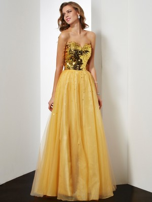 Ball Gown Sweetheart Organza Dress with Sequin