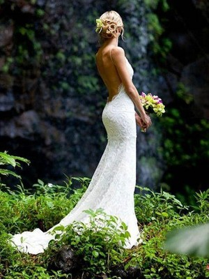 Sheath/Column Sleeveless V-neck  Court Train Lace Wedding Dress