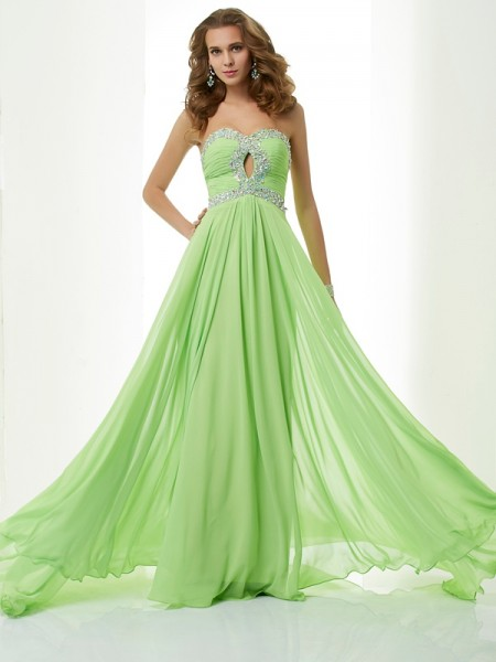 A-Line/Princess Sweetheart Beading Dress with Chiffon
