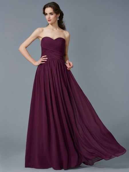 A-Line/Princess Sweetheart Pleats Chiffon Long Dress