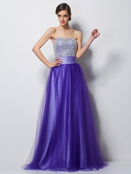 A-Line/Princess Sweetheart Beading Long Net Dress