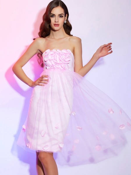 A-Line/Princess Strapless Short Net Bridesmaid Dress