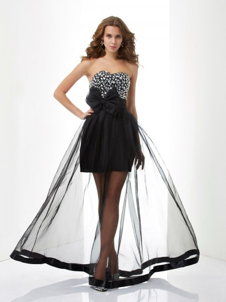 A-Line/Princess Sweetheart Beading Long Organza Dress