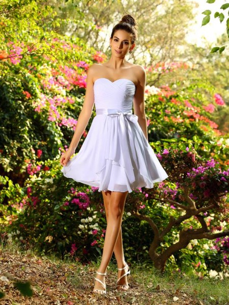 A-Line/Princess Sweetheart Bowknot Short Chiffon Bridesmaid Dress