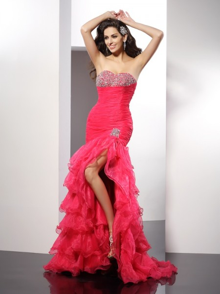 Sheath/Column Sweetheart Beading Long Organza Dress