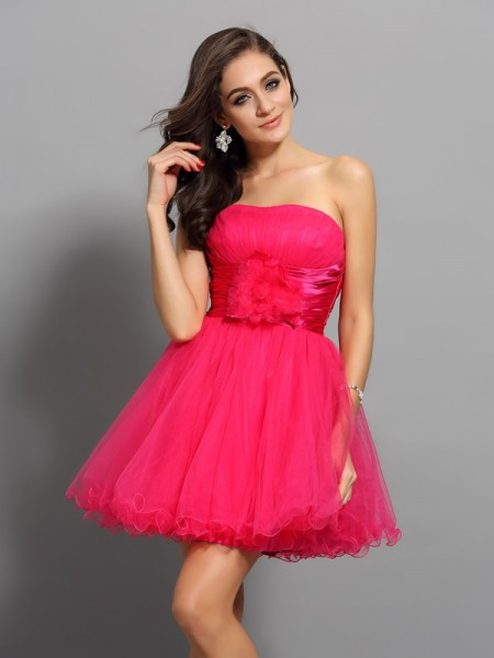 A-Line/Princess Sweetheart Sash/Ribbon/Belt Short Elastic Woven Satin Cocktail Dress