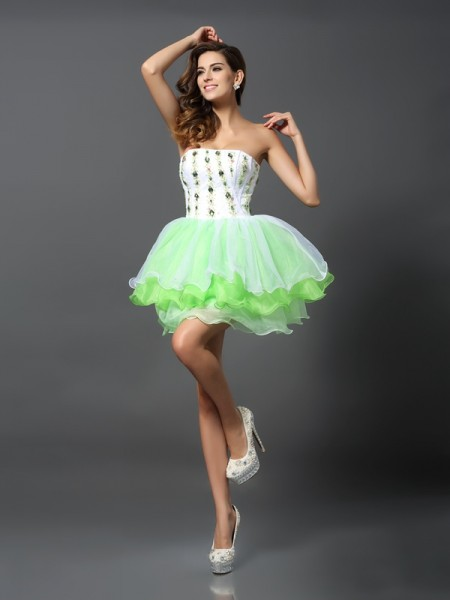 A-Line/Princess Strapless Ruffles Short Organza Cocktail Dress
