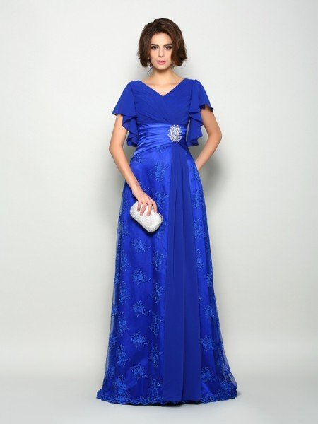 A-Line/Princess V-neck Applique Short Sleeves Mother of the Bride Dress with Long Chiffon