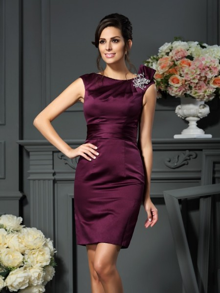 Sheath/Column Scoop Beading Short Satin Mother of the Bride Dress