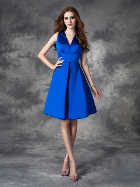 A-line/Princess V-neck Ruched Satin Bridesmaid Dress