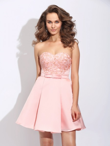 A-Line/Princess Sweetheart Ruffles Satin Dress