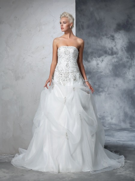 Ball Gown Strapless Beading Long Tulle Wedding Dress
