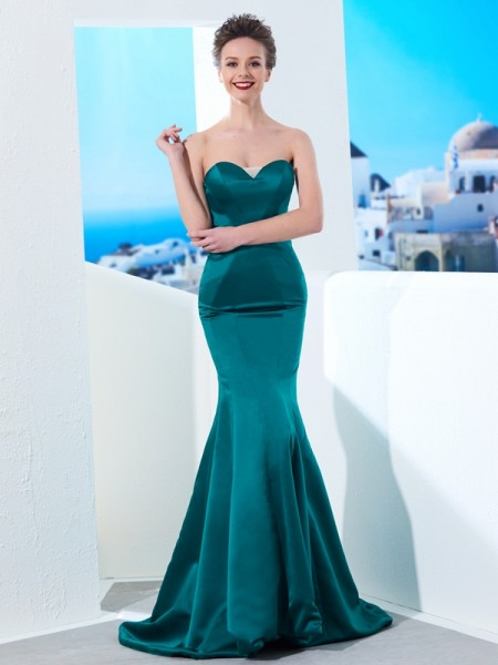 Trumpet/Mermaid Sweetheart Ruched Sweep/Brush Train Satin Dress