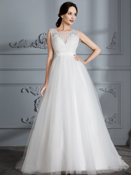 A-Line/Princess Tulle V-neck Sweep/Brush Train Wedding Dresses
