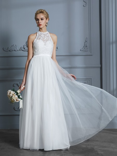 A-Line/Princess Tulle Scoop Floor-Length Wedding Dresses