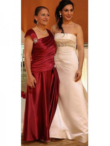 Sheath/Column Straps Floor-Length Satin Mother Of The Bride Dresses