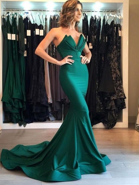Trumpet/Mermaid Sleeveless V-neck Court Train Satin Dress