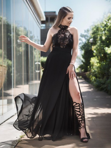 A-Line/Princess Sleeveless Halter Long Lace Tulle Dress