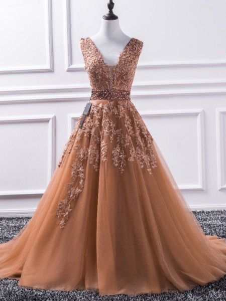 A-Line/Princess Sleeveless V-neck Sweep/Brush Train Tulle Dress