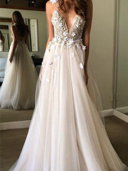 A-Line/Princess Tulle Beading V-neck Sleeveless Floor-Length Wedding Dress