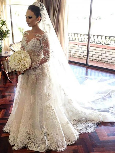 A-Line/Princess Bateau Lace Chapel Train Tulle Wedding Dresses