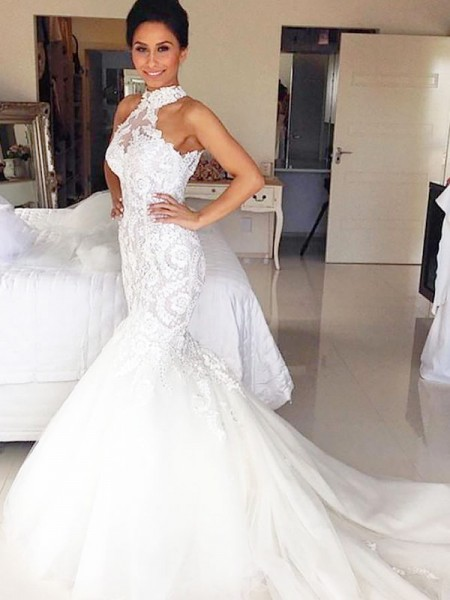 Trumpet/Mermaid Halter Court Train Tulle Wedding Dresses