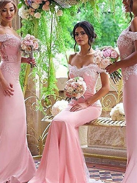 Sweep/Brush Train Sheath/Column Off-the-Shoulder Sleeveless Bridesmaid Dresses with Satin
