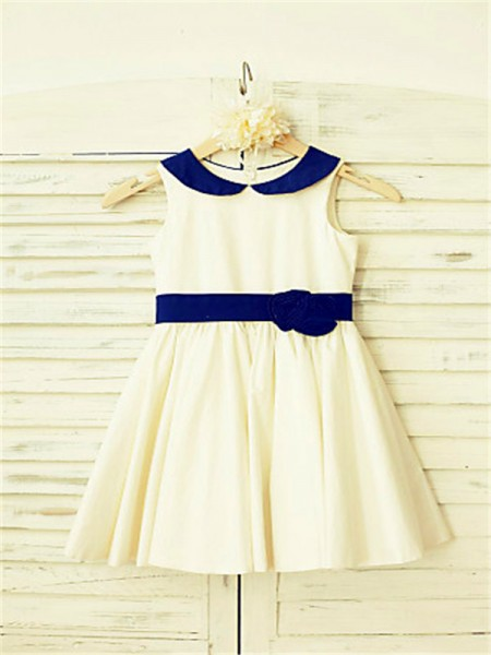 A-line/Princess Scoop Hand-made Flower Tea-Length Satin Flower Girl Dress