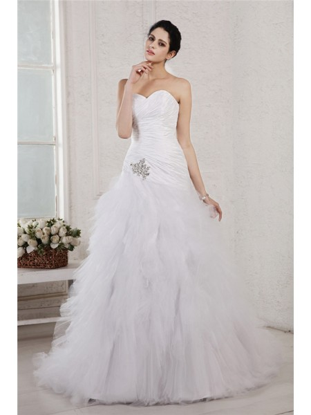 A-Line/Princess Sweetheart Applique Long Taffeta Net Wedding Dress