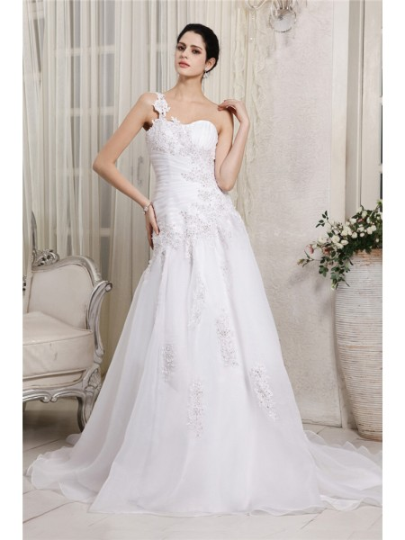A-Line/Princess One-Shoulder Applique Long Organza Wedding Dress