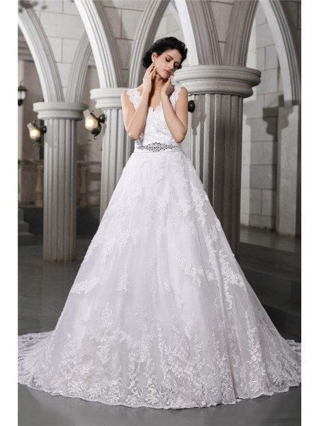 A-Line/Princess V-neck Applique Long Organza Wedding Dress