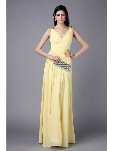 Sheath/Column V-neck Chiffon Dress