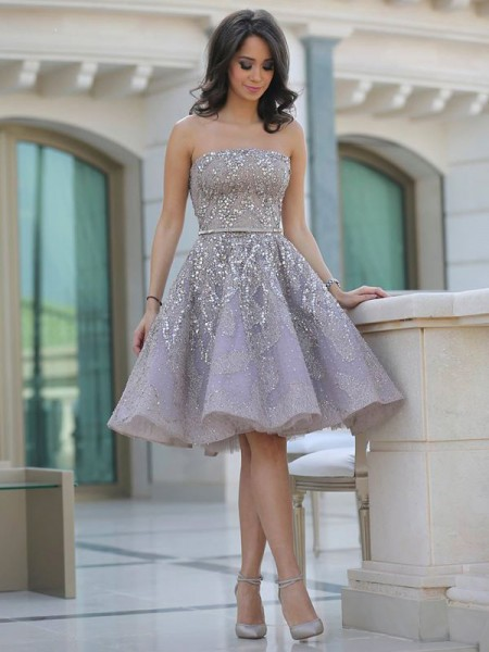 A-Line/Princess Strapless Sequin Knee-Length Lace Dress
