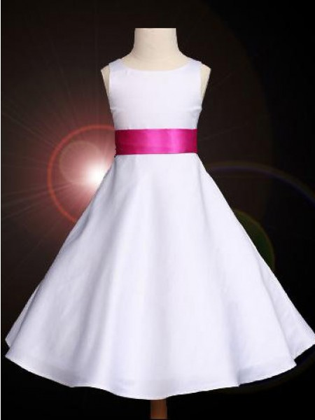 A-line/Princess Scoop Bowknot Flower Girl Dress with Long Satin